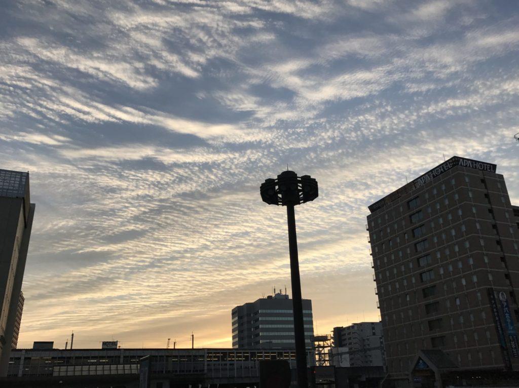 ぐんまマラソン前の朝焼け、高崎駅前