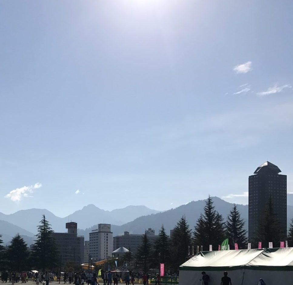 越後湯沢秋桜ハーフマラソンは暑い