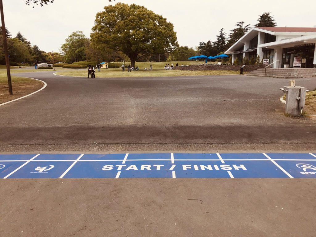 昭和記念公園内のランニングコース