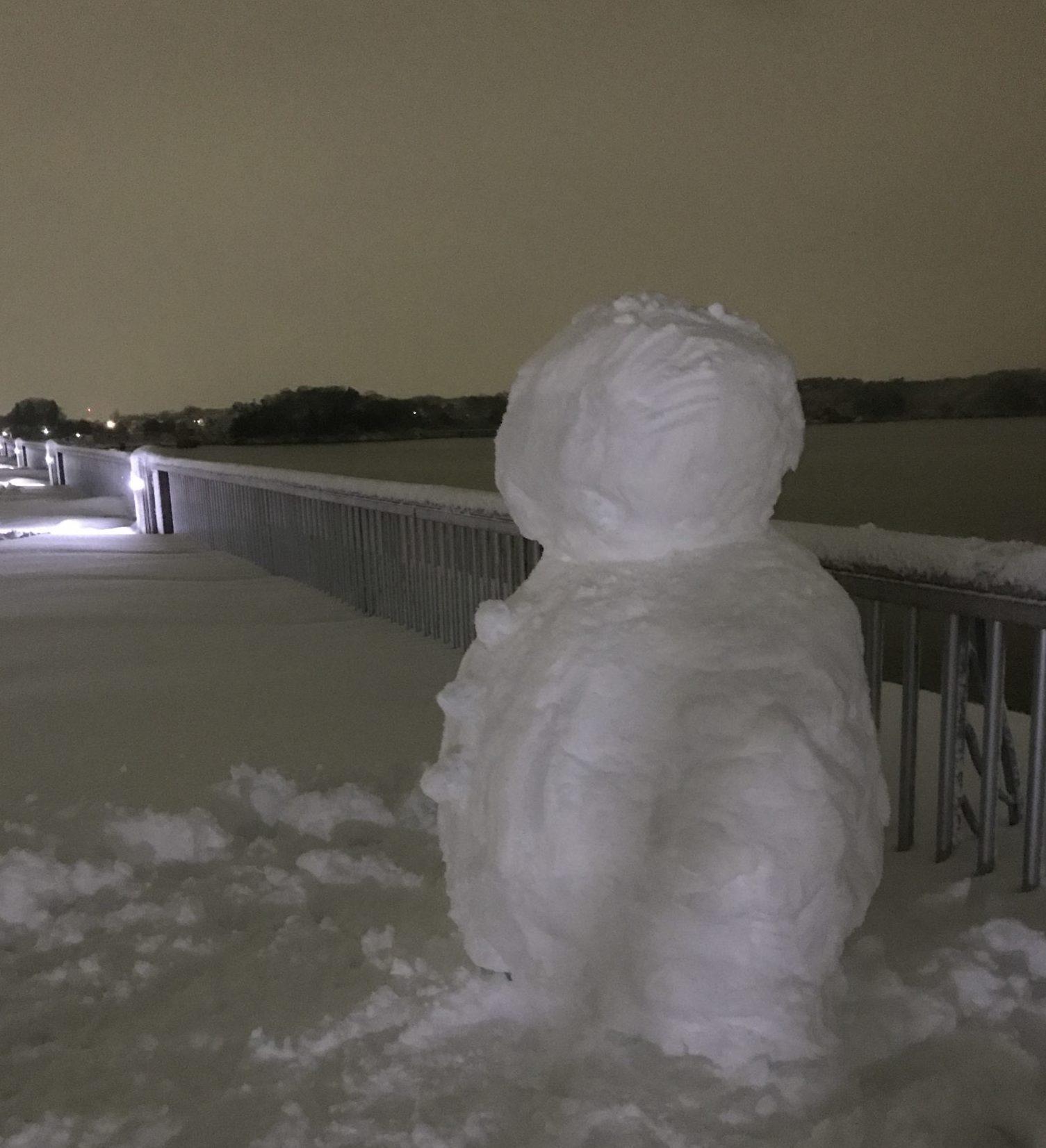 冬ラン中に雪だるま
