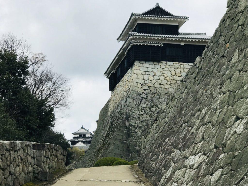 愛媛マラソンに来たら観光は松山城