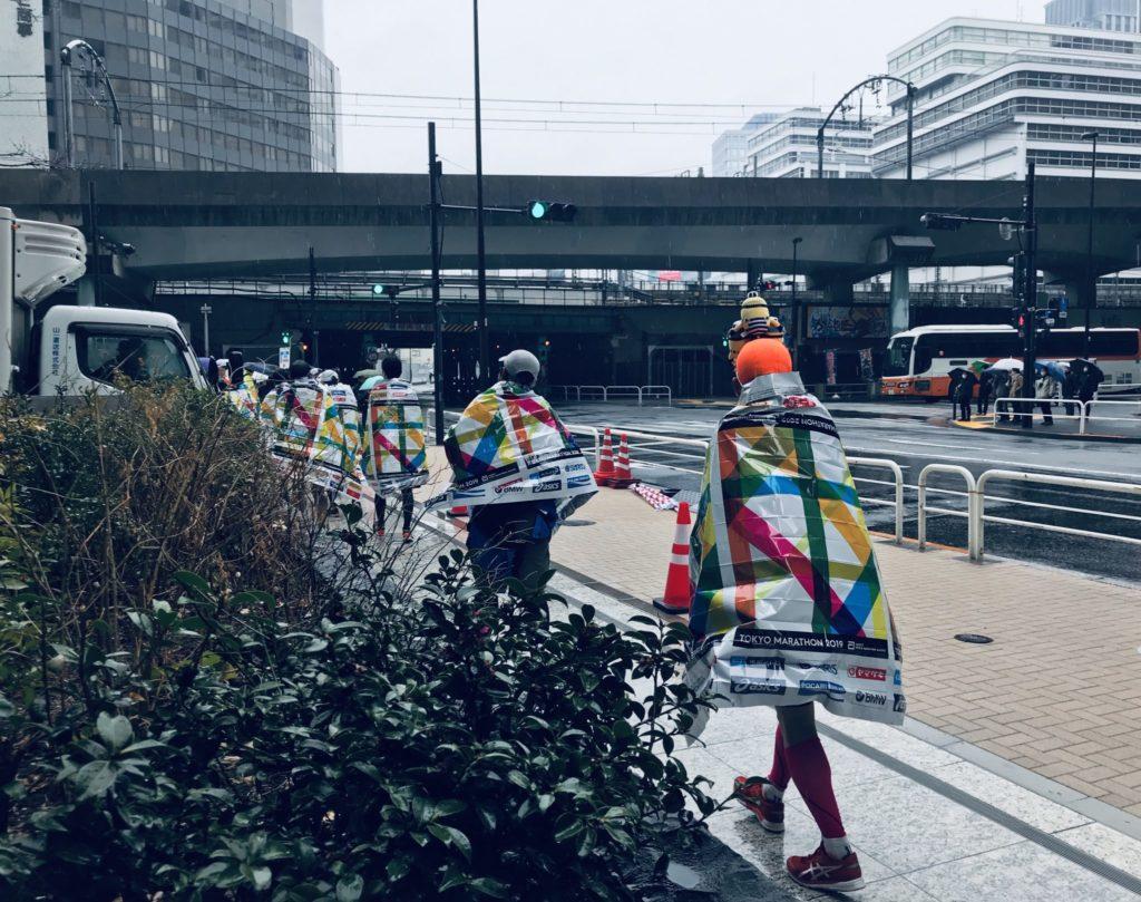 東京マラソンゴール後のエマージェンシーシート
