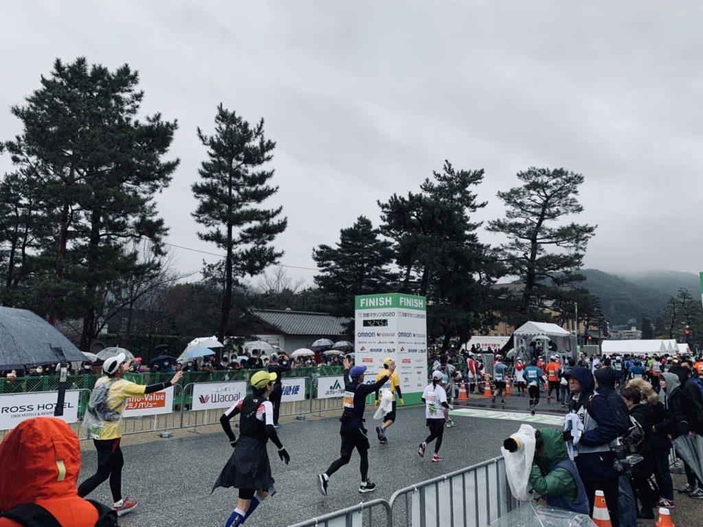 京都マラソンのゴールシーン