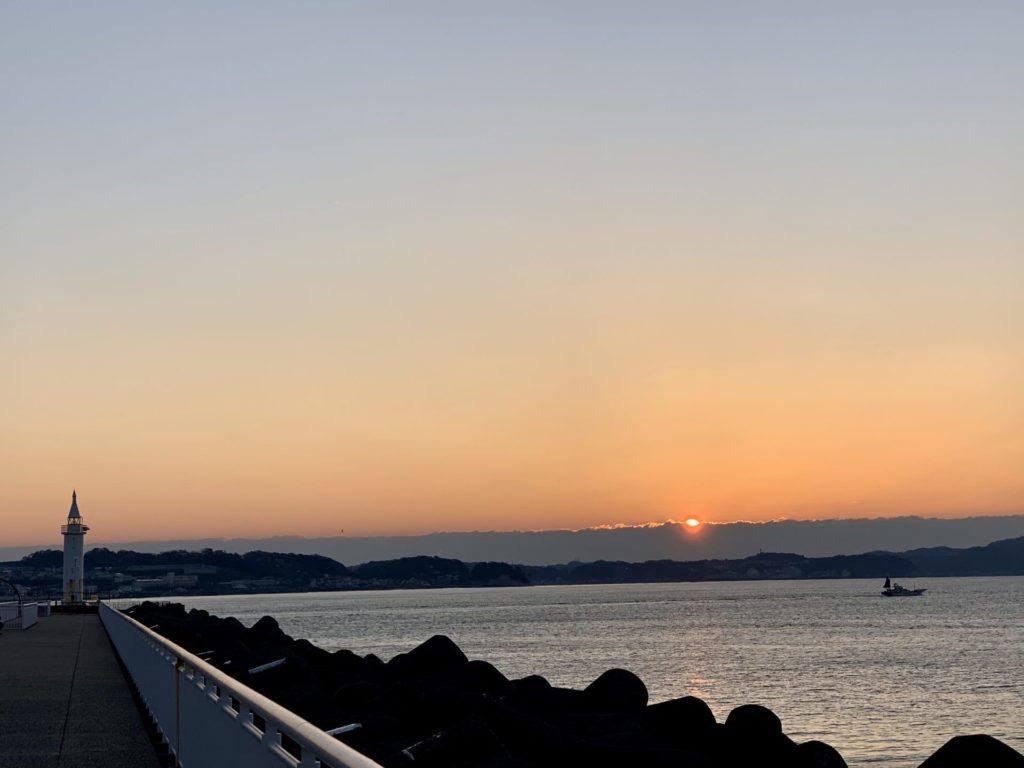 江ノ島ランニングから見た日の出