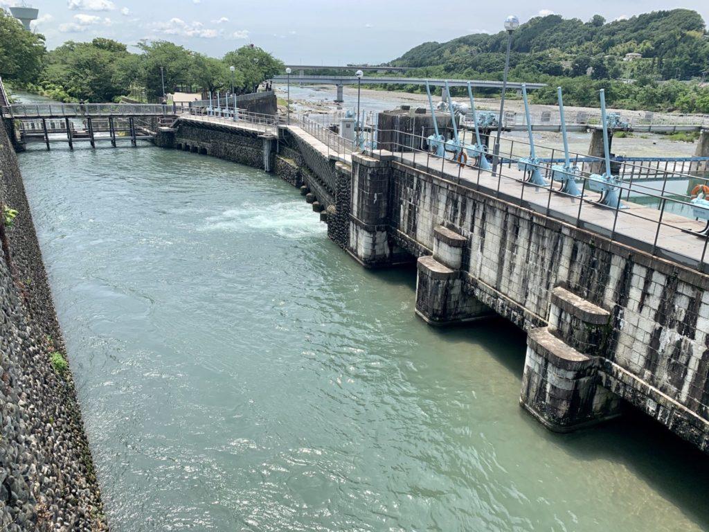 玉川上水の取水口