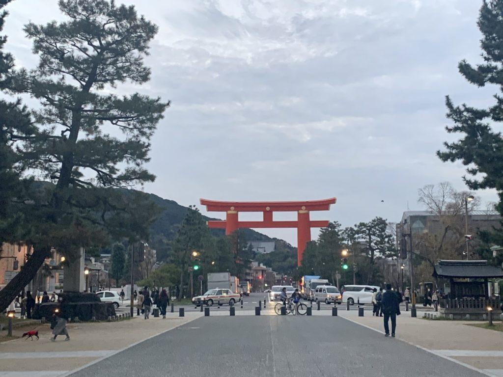 京都マラソンのゴール地点へジョギング
