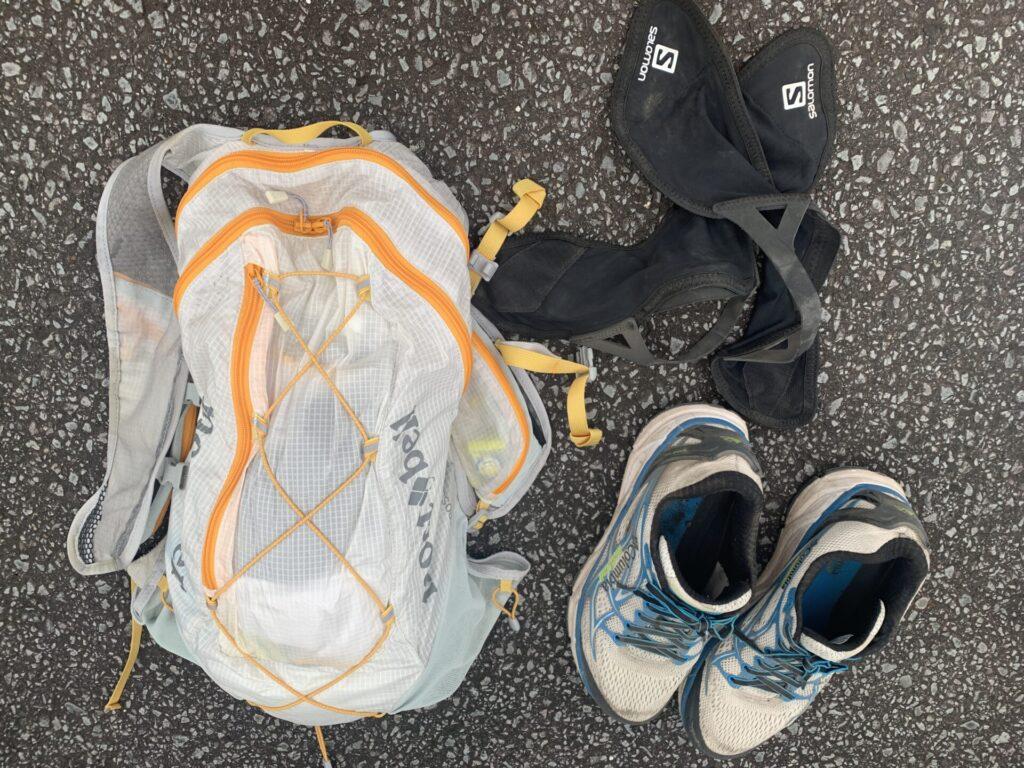 富士登山で必携品(バックパック、トレランシューズ、スパッツ)