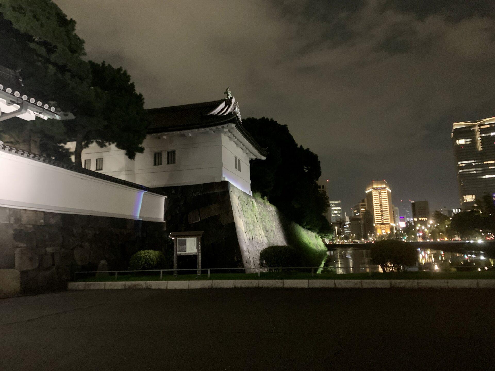 桜田門をくぐる皇居ラン